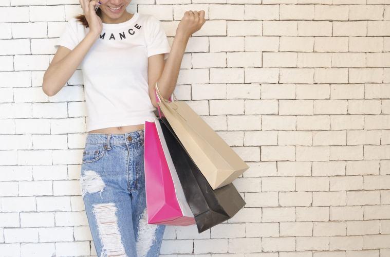 Почему тратить намного полезнее, чем экономить? деньги,позитив,психология,финансы