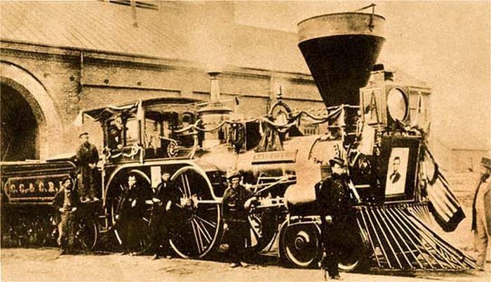 Похоронный поезд Авраама Линкольна.