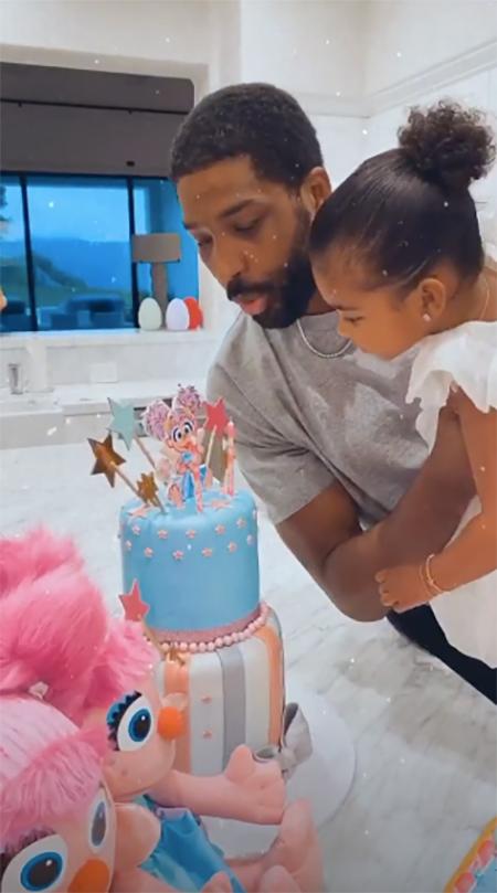 Ничего личного: Хлое Кардашьян не пригласила сестер на день рождения дочери Тру Дети,Дети знаменитостей