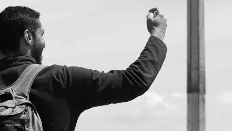Медики из США: селфи могут вызвать покалывания и онемение
