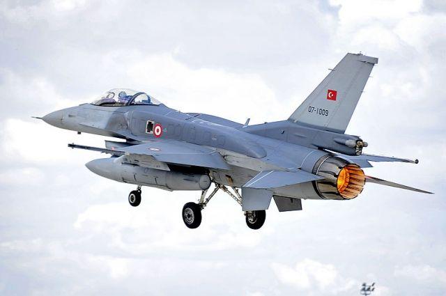 Турецкие ВВС разбомбили больницу в Африне — СМИ