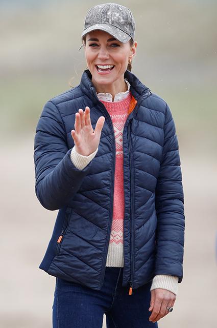 Кейт Миддлтон и принц Уильям вернулись в город Сент-Эндрюс, где когда-то начался их роман Монархии