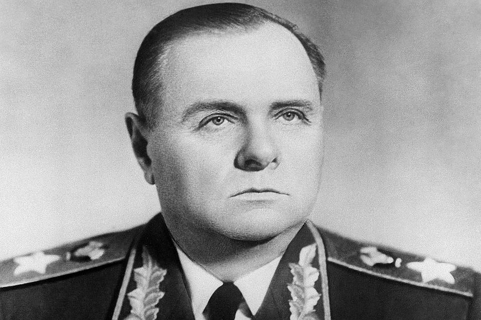 Сталин спросил Мерецкова, которого били на допросах: «Тяжело было?»