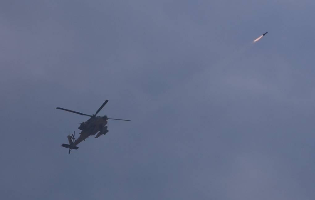 Израильские вертолеты атаковали военные цели на юге Сирии