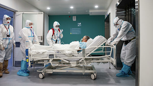 В Москве за сутки госпитализировали 700 человек с коронавирусом