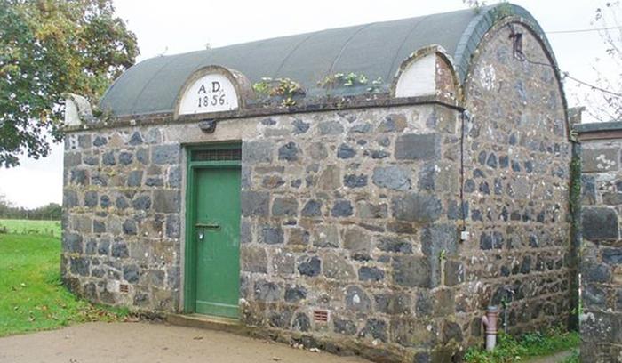 Как выглядит самая маленькая тюрьма в мире