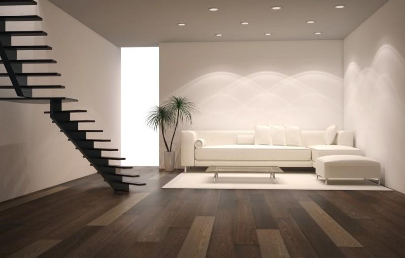 Светлая мебель с яркими аксессуарами