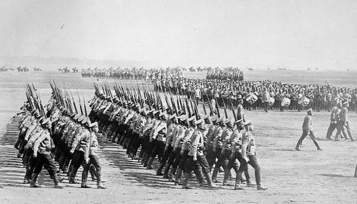 Первые лица иностранных государств, отслужившие в армии России