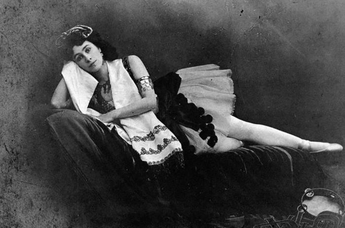 Порхающие нимфы на сцене и бесправные воспитанницы в училище: тяжелые будни будущих балерин XIX века