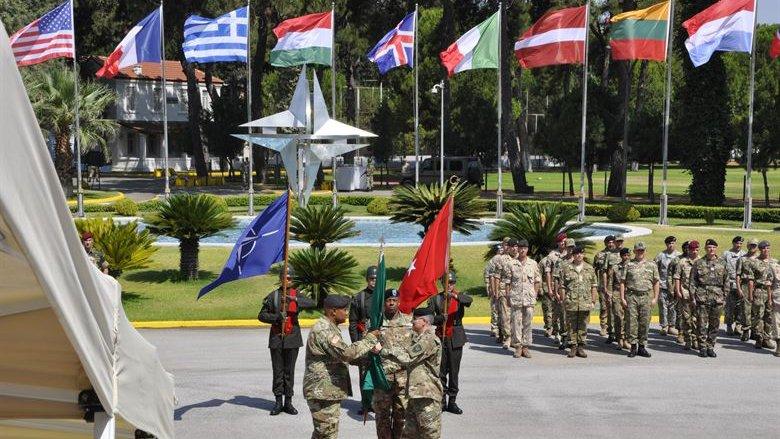 Место уже занято: Украина не сможет стать 30-м членом НАТО