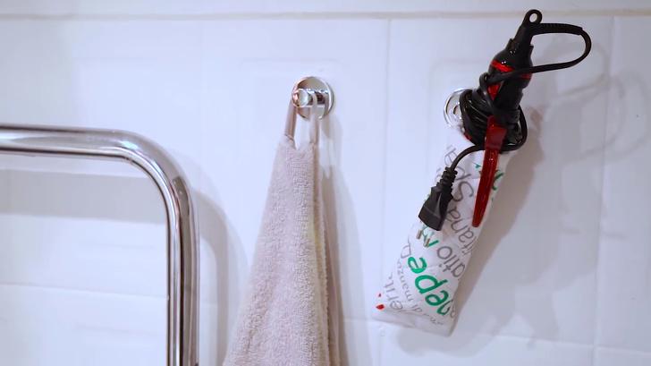 15немного безумных хитростей для волос, которые мыподсмотрели убьюти-блогеров