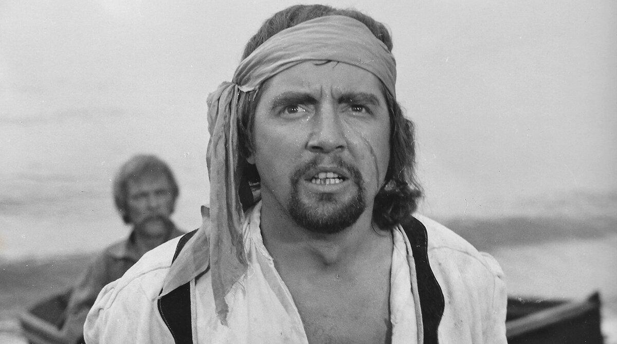 Трогательный актер, игравший героев, остался в памяти как гадкий Рольф из «Семнадцати мгновений весны»