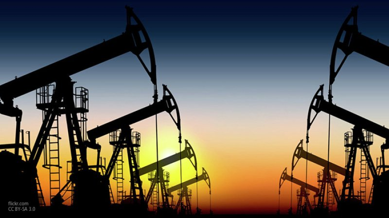 Эксперты прогнозируют резкий скачок цен на нефть из-за атак на Saudi Aramco