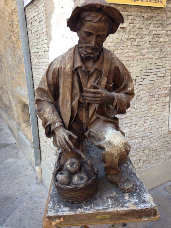 Скульптуры папье-маше из  Италии