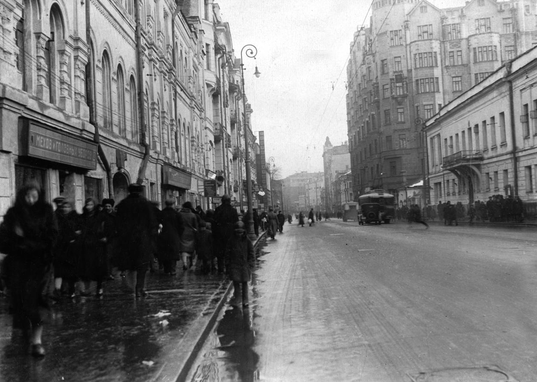 старые фото улиц москвы пожалуй