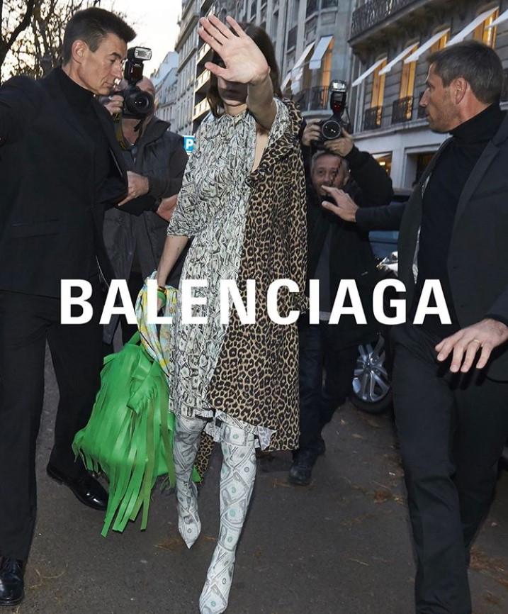 Демна Гвасалия представил коллекцию Balenciaga необычным образом