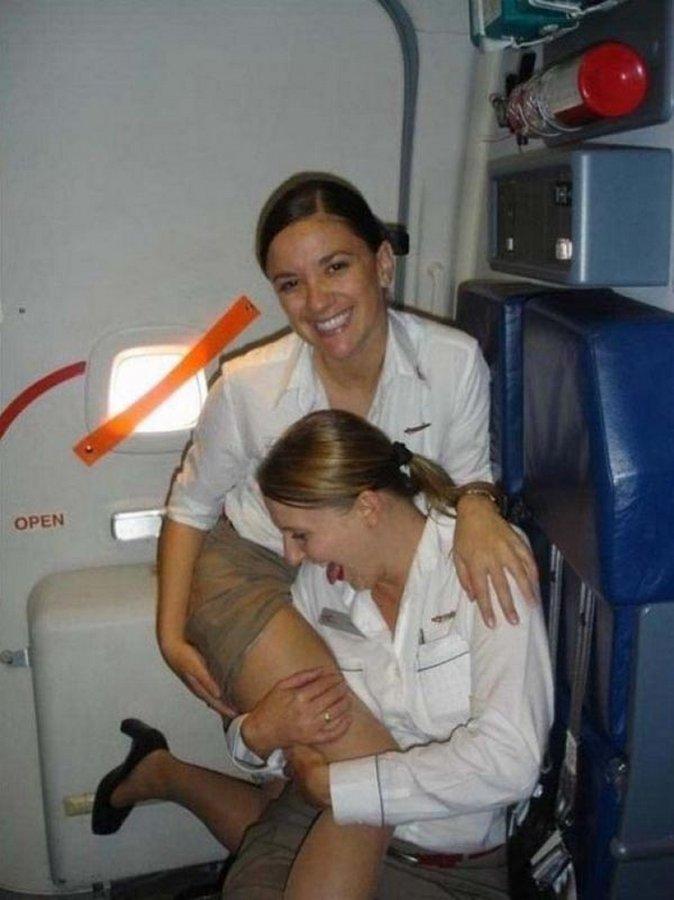 Фото подглядывание за стюардессами фото