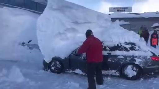 Припорошило снежком