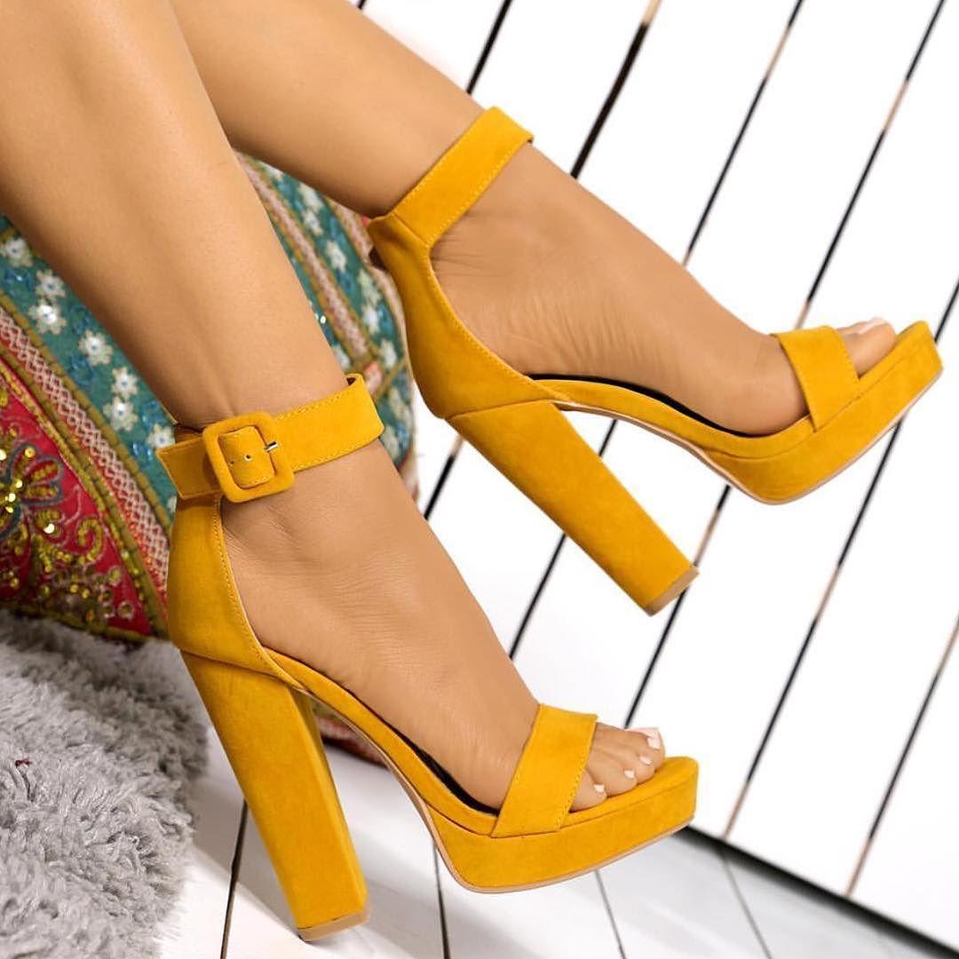 Картинка модная обувь