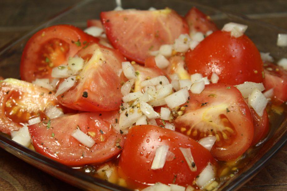 Это действительно самые вкусные помидоры, которые я пробовала. И маринуются очень быстро