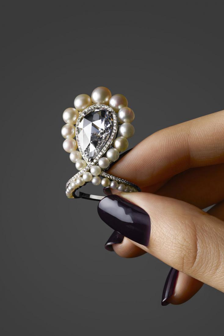 Эксклюзивные драгоценности для миллиардеров: кто их делает и как они выглядят