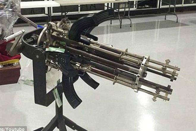 Пулемет из «Калаша»: механик сделал и показала шестиствольный агрегат