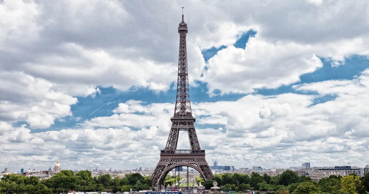 Вообще-то, фотографировать Эйфелеву башню незаконно! Вот почему