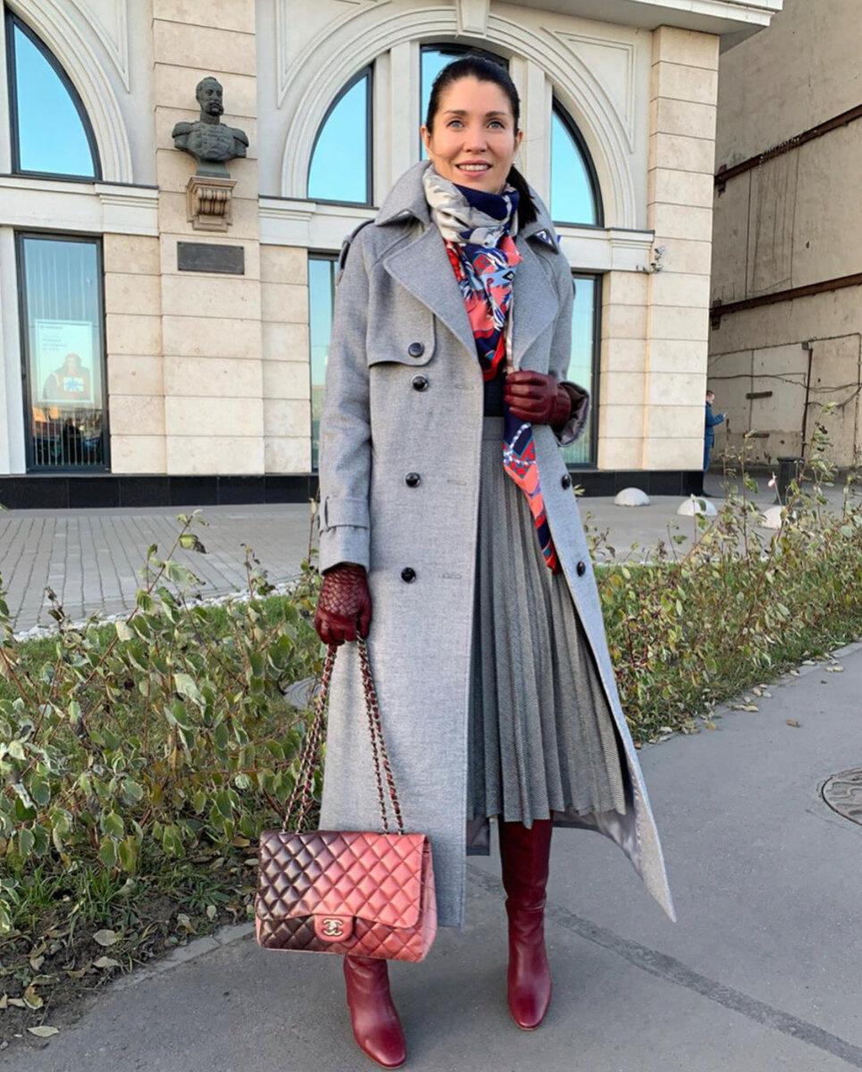 Осенние образы от Елены Ромашовой: 13 невероятно стильных идей серое пальто