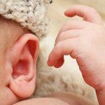 Нескольким детям пересадили уши, выращенные учеными в пробирке