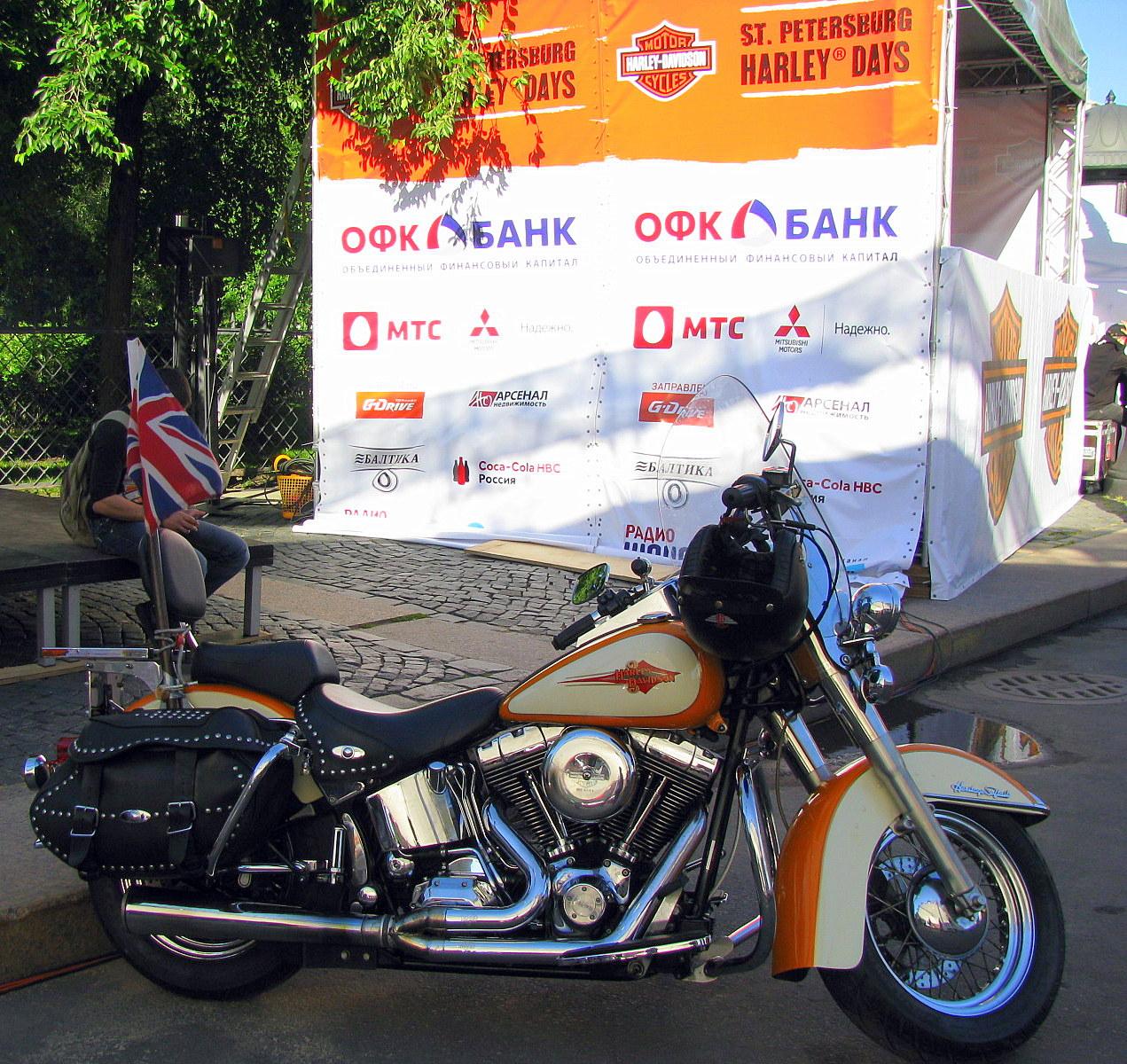 Мотоциклы, мотоциклы, повелители дорог...