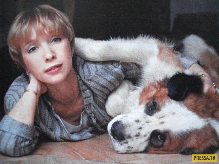 Актриса альбина житницкая фото два