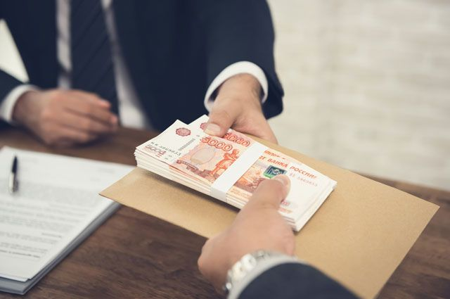 Паспорт чужой — деньги мои. Как кредитные аферисты берут займы
