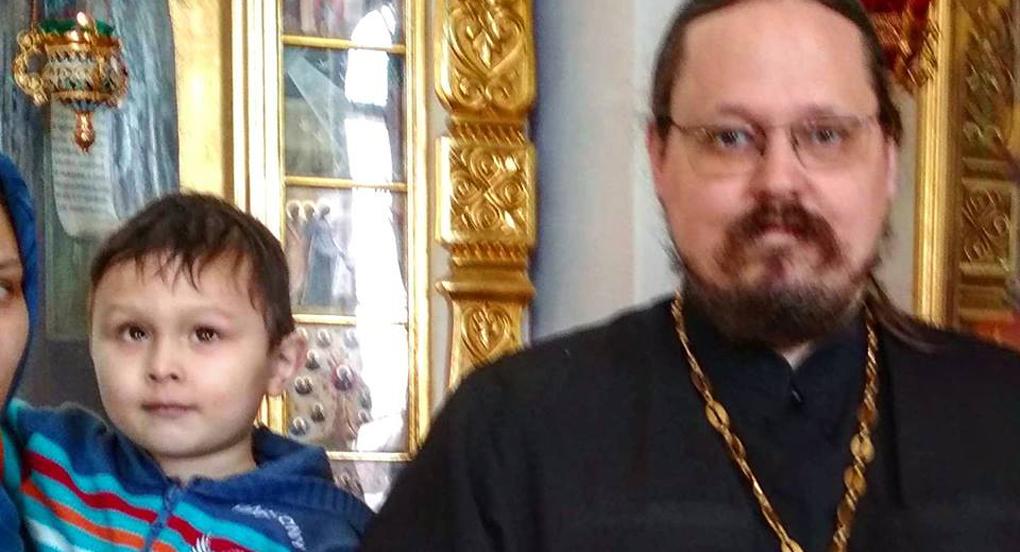Крещенный слепой мальчик сказал после таинства: «Я вижу!»