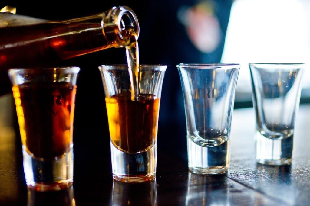 Аллергия на алкоголь: симптомы, лечение, диагностика