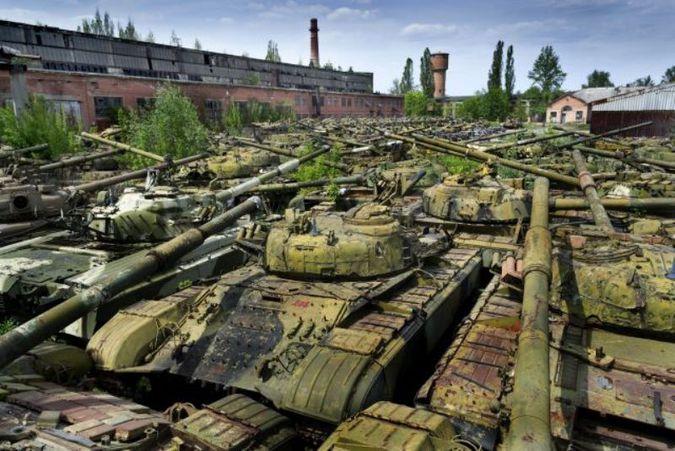 10 могучих танковых кладбищ и заброшенных мест битв