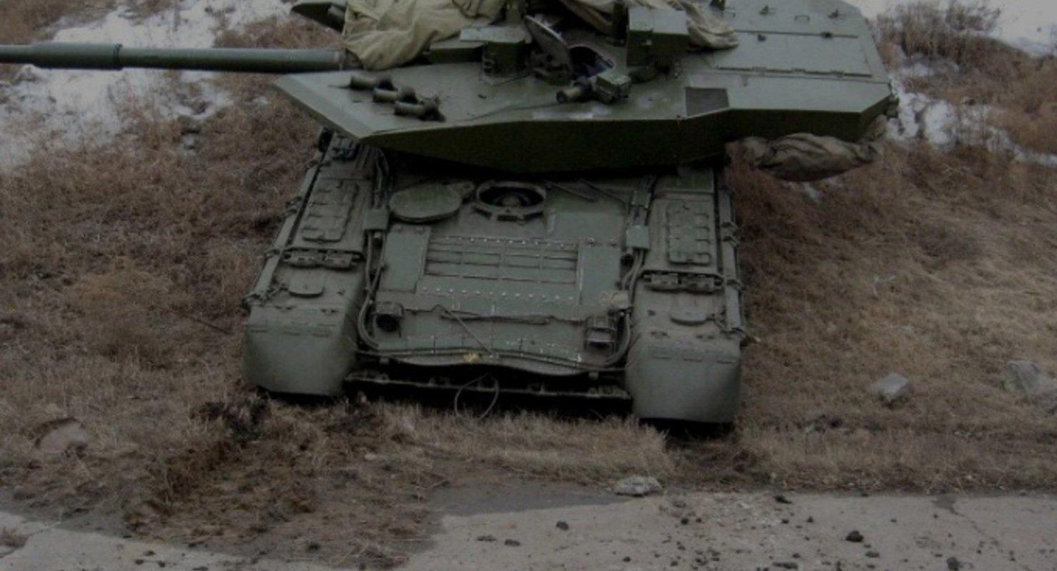 Названа причина появления платформы «Бурлак» в танке Т-80 Автомобили