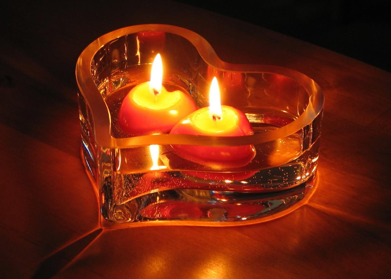 свечи сердца горящие скачать