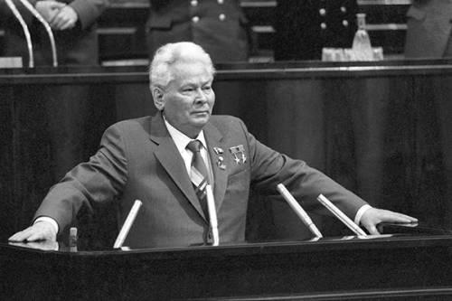 Защитник Сталина К.Черненко : – самая недооценённая фигура в нашей истории