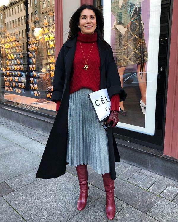 Женщина +40 шикарный образ цвет красный фото