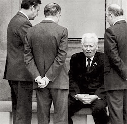 Защитник Сталина К.Черненко : – самая недооценённая фигура в нашей истории Черненко, только, Молотова, говорят, партии, Сталина, реформы, найти, должна, частности, идеологии, человек, кремлёвских, после, поиск, Началось, сближение, Константин, некоторыми, европейскими