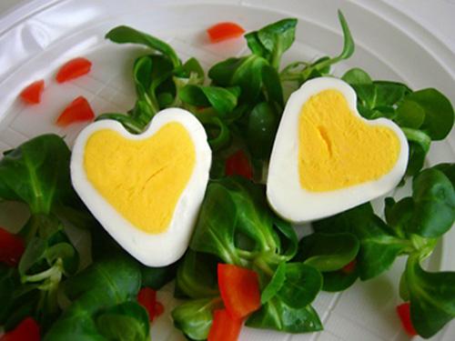 Яйцо в форме сердечка