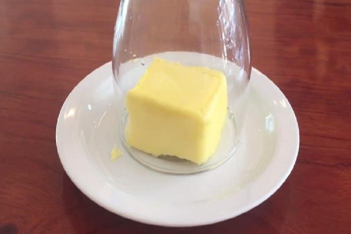Секрет мягкого сливочного масла.  Фото: tamil.news18.com.