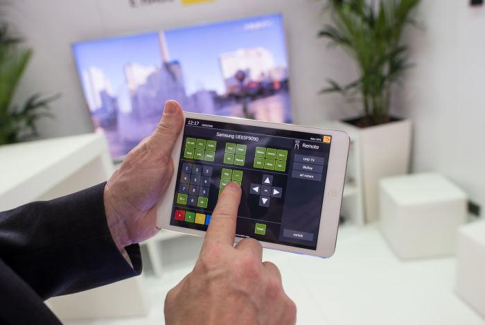 Сейчас устройства, которые позволяют следить за своим домом издалека, набирают все большую популярность. /Фото: ndz.de