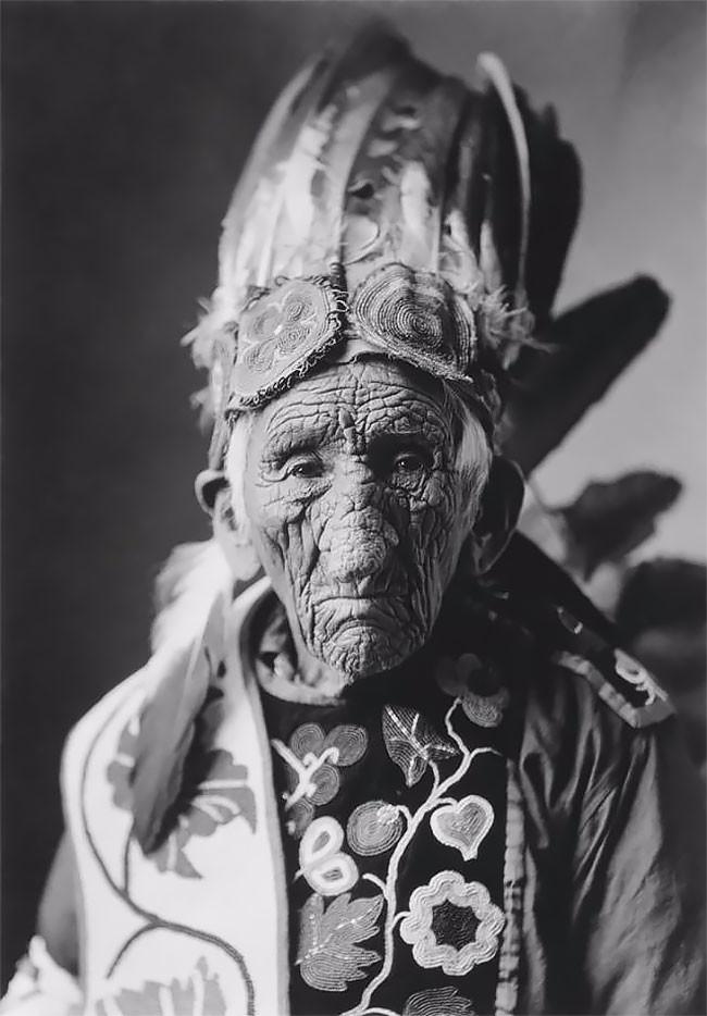 Портреты Белого Волка, старейшего коренного жителя Америки