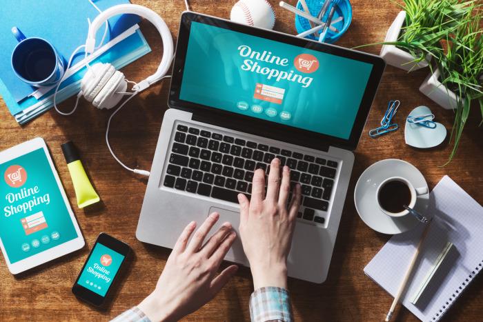 Сейчас больше товаров покупается в интернет-магазинах, чем на обычных прилавках. /Фото: s2.dmcdn.net