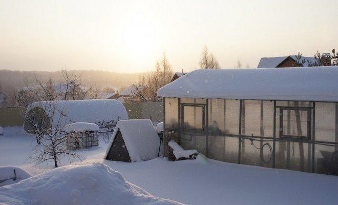 Как сохранить тепло в теплице
