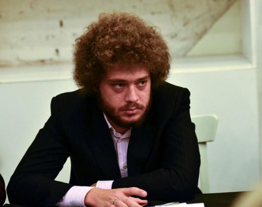 Соратники Навального в Москве во время митинга сожгли ресторан известного топ-блогера Ильи Варламова