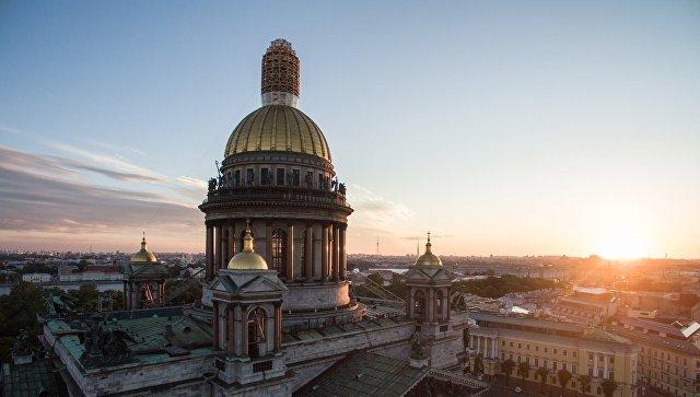 В Петербурге проходит митинг…