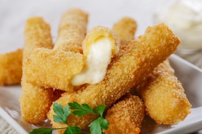 Жареные сырные палочки рецепт с фото