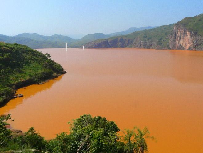Самый опасный водоем Африки